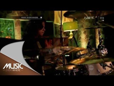 Once Mekel - Hilang Naluri (Live At Music Everywhere) *