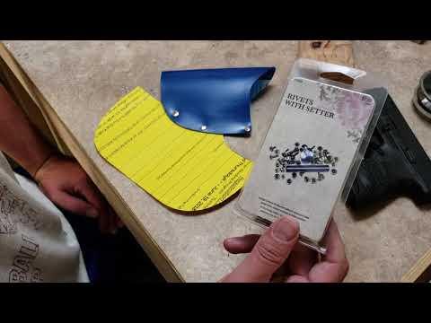 Cheap & easy DIY pocket holster