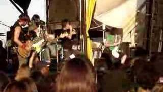 silverstein - Discovering the waterfront live at warped tour