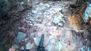 MTB, SG- Crashing on rock garden