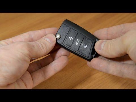 Замена батарейки в ключе SKODA Octavia A7 (как открыть крышку брелока)