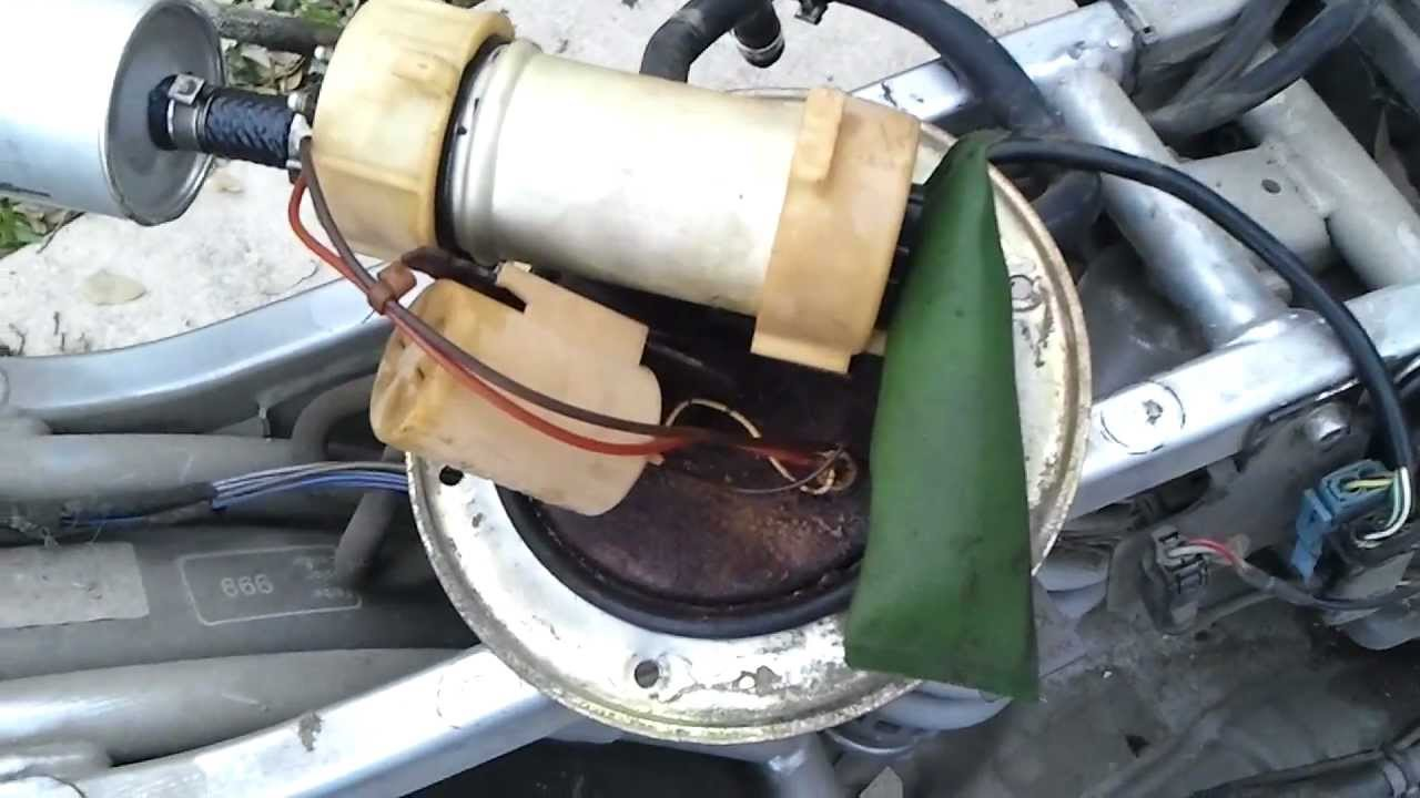 bmw r1200c defective fuel pump - youtube