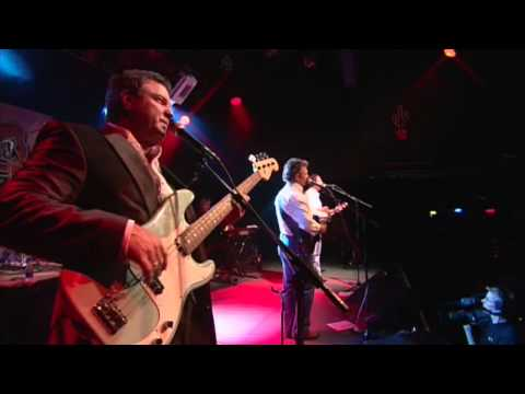 The Gatlin Brothers - Houston [OFFICIAL LIVE VIDEO]