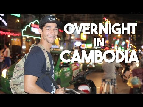Overnight in Phnom Penh, Cambodia (Pizza and TukTuk Rides)