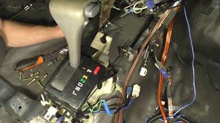 Toyota Vista SV30 uchun selector AKPP yig'ishda. Vibro-izolyatsiya qavatda. [Hayot Tech]