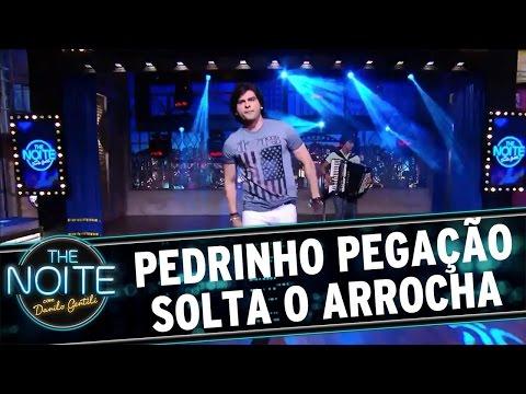 The Noite (22/04/16) - Pedrinho Pegação Canta Seu Arrocha No The Noite