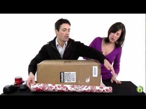 Retif emballage d 39 un paquet avec revers doovi - Comment emballer des cadeaux ...
