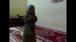 بنت عراقية تلطم....... اضحك!!!!!!