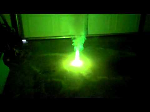 GREEN FIRE! Barium Chlorate and Shellac