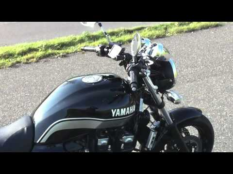yamaha xjr 1300 mit leo vince youtube. Black Bedroom Furniture Sets. Home Design Ideas