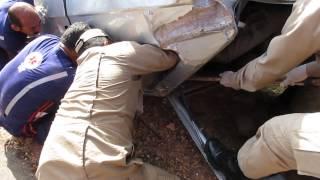 MVI_856 retirada de vitima presa nas ferragens na estrada de Dnopolis