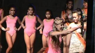 Repeat youtube video Concurso Rainha do Carnaval de SM 2011- resultado final mirim e infantil.MPG