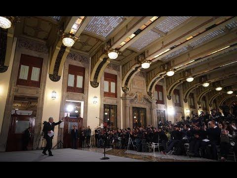 Primera conferencia de prensa matutina desde Palacio Nacional