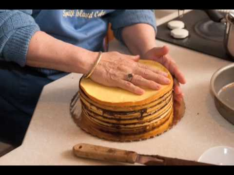 Maryland Traditions – Smith Island Cake