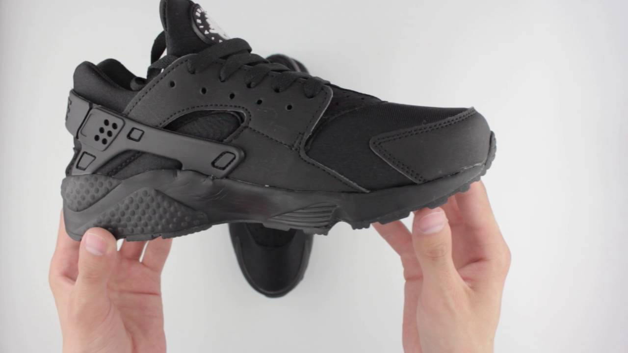 9258de8a3e46 Обзор реплики кроссовок Nike Air Huarache Run Black - YouTube