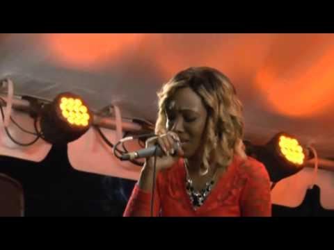 Royalties live at SKNFRS Queen Show 2015