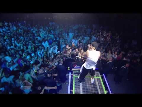Eminem - Lose Yourself (8 mile) Live from New York City Madi
