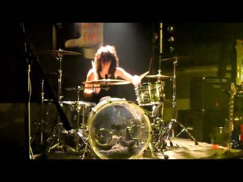 Justin Walker drum solo at RPM's on 6912