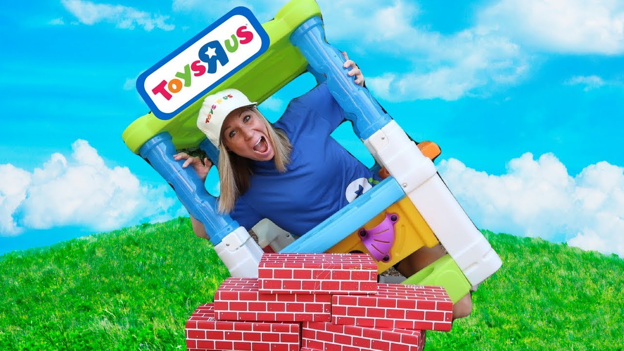 Pretend Toys R Us Stores Compete With Each Other Youtube