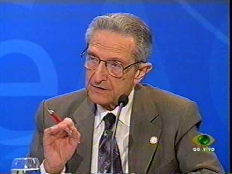 Plínio critica PT e PSDB no debate na Band em 2006