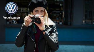 Cara Delevingne, a fotós és a T-Cross