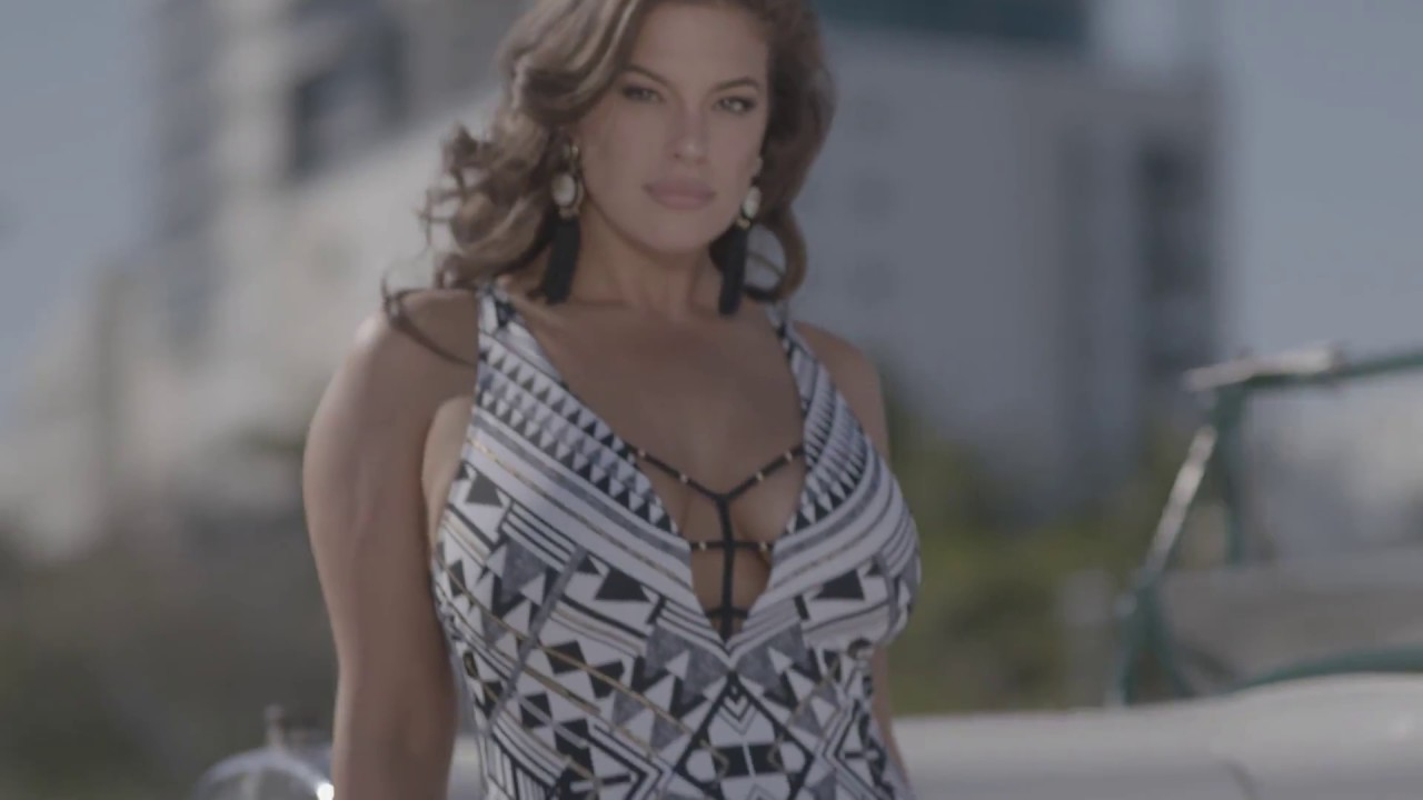 09417497541b3 Ashley Graham's New Swimwear Line Uses Unedited Paparazzi Photos | HuffPost  Life