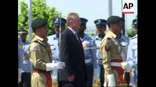 Czech PM visits Pakistan, guard of honour ceremony