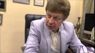 видео Гинекомастия у мужчин. Причины и методы лечения