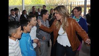 Gobernadora entrega apoyos en Nacozari de García