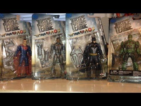 Justice League Movie Parademon Cyborg Superman Tactical Batman Action Figure Review Basic Line