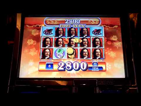 St Petersburg slot machine bonus win at Parx casino