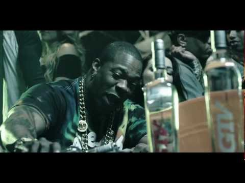 """Busta Rhymes """"Doin it Again"""" Official Music Video (EDITED)"""