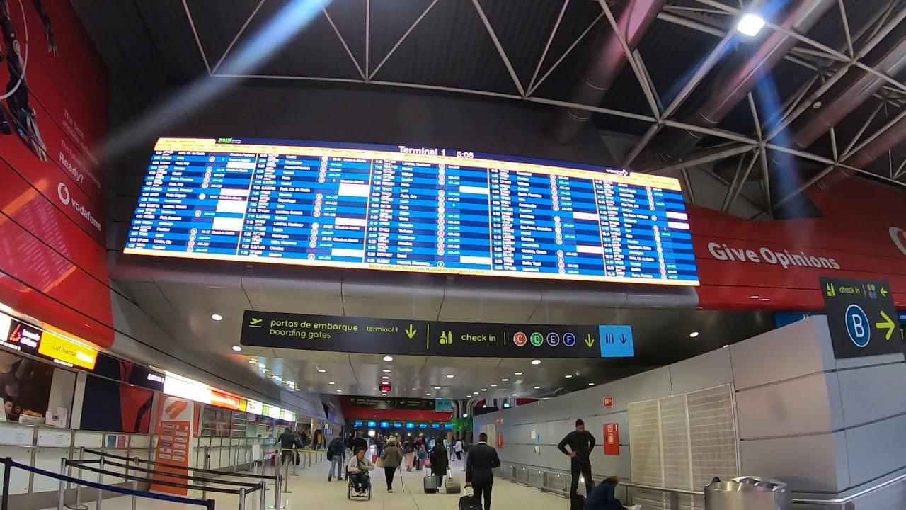 リスボン・ポルテラ空港早朝便で...