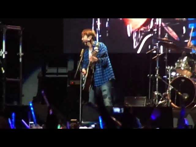 CNBLUE EN PERU (28-01-14)-Yong Hwa -Vivir mi vida ESPAÑOL Travel Video