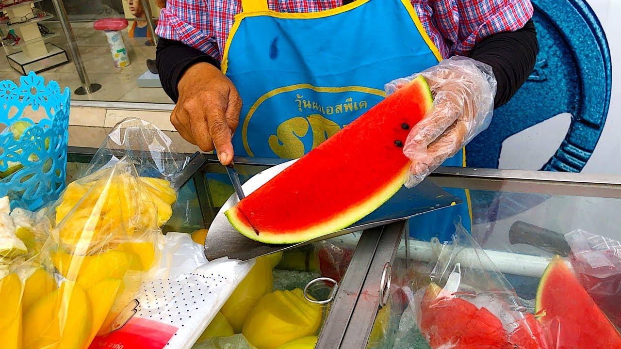 BANGKOK STREET FOOD   Fresh Fruits From Street Vendors (Watermelon, Mango, Guava & Pineapple)