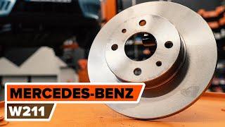 Kā nomainīt aizmugurējie bremžu diski MERCEDES-BENZ (W211) E Klase [AUTODOC VIDEOPAMĀCĪBA]