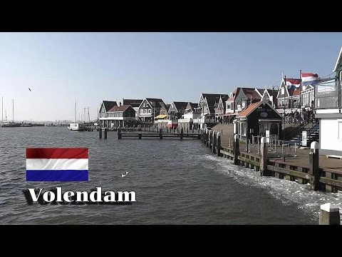 HOLLAND: Volendam village, 'De Dijk' & harbour [HD]