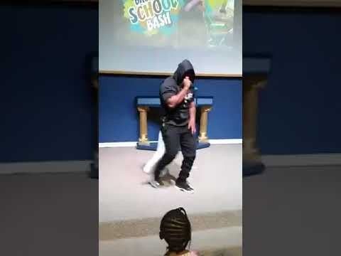 SOULJAH ESSOH PERFORMING 'HELLO WORLD' IN COLUMBIA, SC 8/19/17