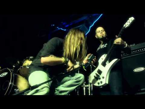 Drowning Pool - 37 Stitches (Official Video)