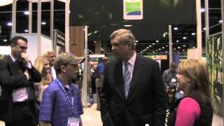 Tom Vilsack Visits HPJ Booth