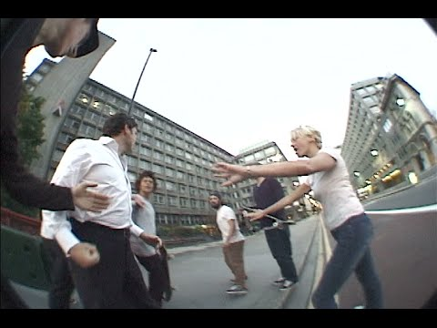 Download RAW TAPES: London 2006 Episode 6