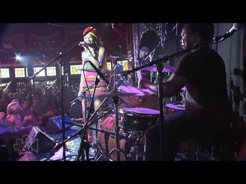 Fatoumata Diawara - Salimata (Live at Sydney Festival) | Moshcam