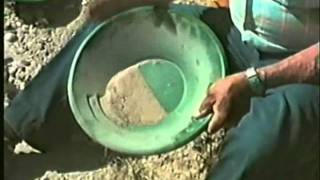 Gold Panning is Easy - Garrett Gold Pans - Instructional