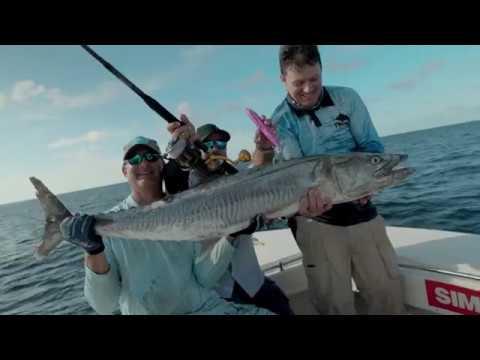 Great Barrier Reef Mackerel Tries To Kill Fisherman