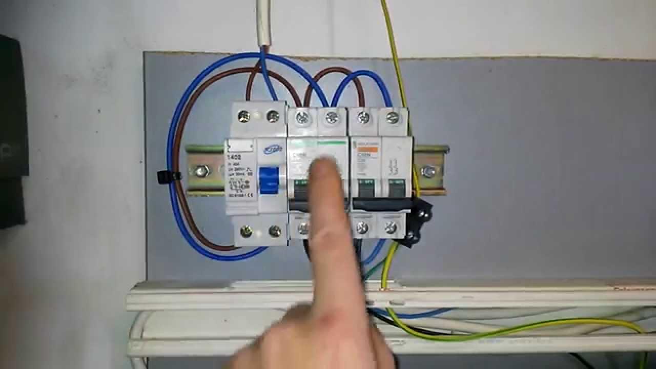 Instalacion electrica de una casa 1 youtube for Como montar un cuadro electrico