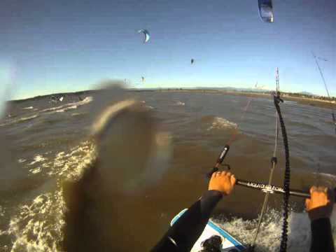 Newbie kiteboarding crash @ Jetty Island 7/6/11