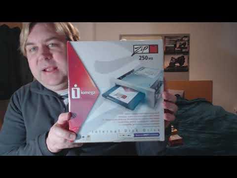 Unboxing B.N.I.B. Iomega Zip! 250 Internal Drive.