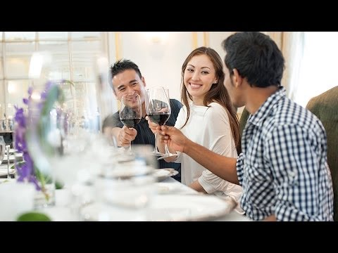 Tips on How to Make a Toast | Good Manners