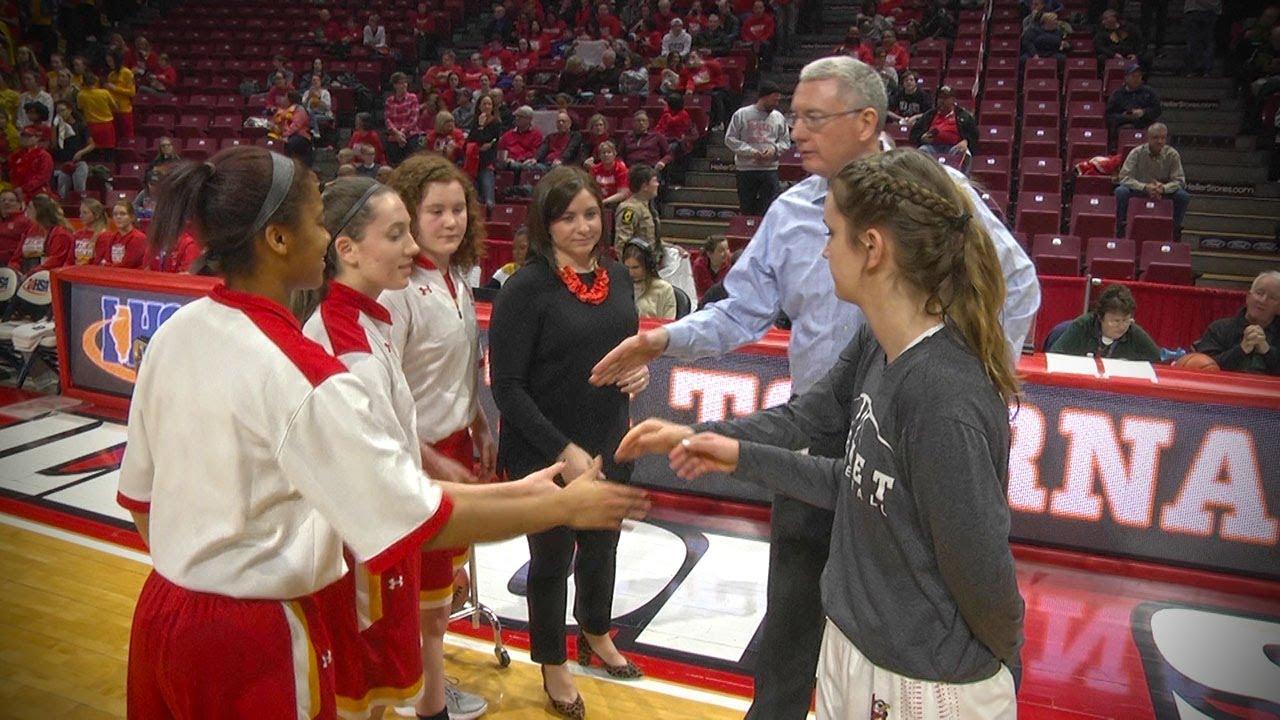 1bcb7b2832 Mother McAuley vs. Benet Academy Girls Basketball State Semifinal ...