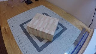 A Simple Scroll Saw Box
